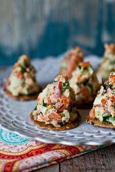 SALMON TARTARE- / smoked salmon - one small cucumber - scallion - fresh dill - hot chilli sauce as much desired - two tbs mayonnaise - one and half cup rice crispies cereal- crackers of your choice Fish Recipes, Seafood Recipes, Appetizer Recipes, Cooking Recipes, Seafood Appetizers, Tartare Recipe, Salmon Tartare, Snacks, Appetisers