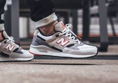 Tendance Sneakers 2018 : New Balance Elite Edition 'White/Grey/Grey' post image Sneakers For Sale, Casual Sneakers, Casual Shoes, Men's Sneakers, Sneakers Design, New Balance Sneakers, New Balance Shoes, Mens Fashion Shoes, Sneakers Fashion