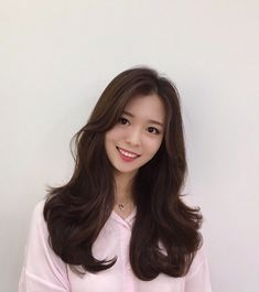 Side Bangs Hairstyles, Haircuts For Long Hair, Hairstyles Haircuts, Pretty Hairstyles, Korean Long Hair, Glam Hair, Hair Photo, Layered Hair, Hair Designs