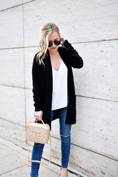 Cardigan and jeans | Fall outfit inso