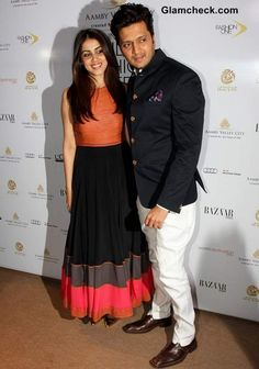 Genelia D'Souza, Riteish Deshmukh [Riteish Deshmukh and his wife and actor, Genelia D'Souza, looked cute in their respective looks. While Riteish wore navy blue blazer with a patterned handkerchief and white pants, Genelia went for a minimalism. Salwar Designs, Blouse Designs, Churidhar Designs, Dress Designs, Indian Designer Outfits, Indian Outfits, Stylish Dresses, Casual Dresses, Dressy Outfits