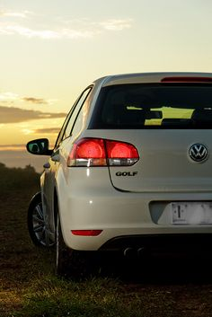 VW Golf Mk6 by dave.dave.dave, via Flickr.