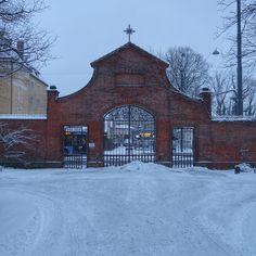 munich | germany | münchen | deutschland | giesing | winter im ostfriedhof
