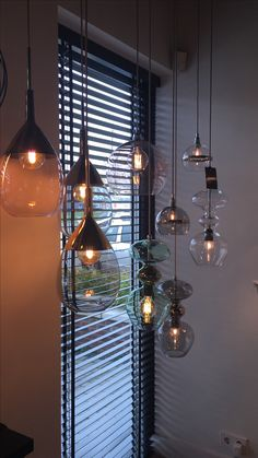 Ebb & Flow Lute super cool – World of Light Apartment Interior, Living Room Interior, Home Living Room, Dining Room Lighting, Bedroom Lighting, Farmhouse Kitchen Lighting, Dark Interiors, Light Fixtures, Cool Things To Buy