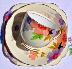 Roslyn China hand painted pattern vintage tea trio