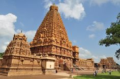 South India Tour Packages - We offer various tour packages of south india including honeymoon, pilgrimage, wildlife,  backwaters, cultural, beaches, ayurveda etc. Know more click here - http://tinyurl.com/qeuucn2