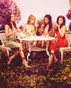 Perfect for coffee - pretty little liars