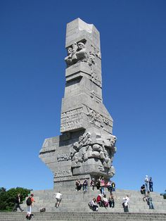 Westerplatte-Denkmal Danzig    I would like to climb this....