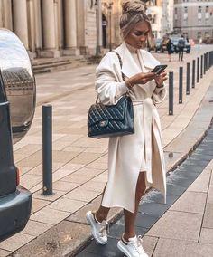 Fashion Week, Look Fashion, Fashion Blogger Style, Winter Fashion, Luxury Fashion, Fashion Trends, Fashion Styles, Fashion Ideas, Europe Fashion