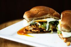 Slow Cooker Honey Sriracha Barbecue Chicken on our S. Rosen's wheat kaiser bun would be an awesome meal to make this time of year. Slow Cooking, Slow Cooked Meals, Healthy Cooking, Slow Cooker Recipes, Crockpot Recipes, Chicken Recipes, Beginner Cooking, Cooking Ideas, Cooking Kale