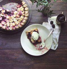 Lady Macbeth blackberry pie; à la mode :: une gamine dans la cuisine