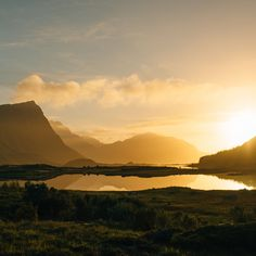 Stunning mountains and breaktaking view were the backdrop for this Lofoten Island Wedding from the northern islands of Norway