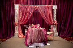 pink sweetheart table, wedding head table,  #indianwedding #shaadibazaar