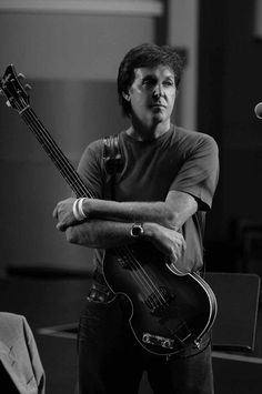Paul McCartney (he was 66 here. and wow! ♥)