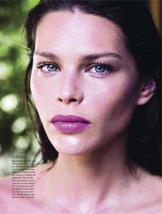 model Irina Vodolazova by Juan Aldabaldetrecu for Elle Spain