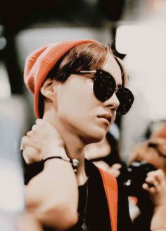 Jung Hoseok you better stop giving people heart attacks