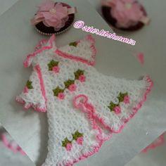 Elbise modelli banyo lifi modeli. Crochet, Crochet Crop Top, Chrochet, Knitting, Haken, Quilts, Hand Crochet, Ganchillo, Crochet Stitch