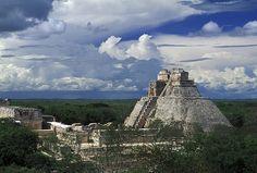 Uxmal Pirámide de las grandes Velas Riviera Maya,