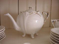 Teapot: Love the white on white.