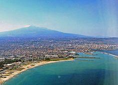 Catania dall'alto skyline