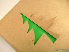 Kreatív karácsonyi csomagolás ötlet fenyőfával.