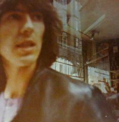 So young and beautiful! Bug Boy, The Beatles, Hello Beatles, Am I In Love, Polaroid Photos, The Fab Four, Yellow Submarine, Wattpad, Ringo Starr