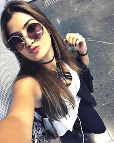 Marina Ferrari linda parece demais a Nah Cardoso!