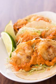 Baja Fish Tacos... loooove fish tacos!! :)