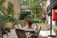 Klassisch Balkon, Veranda & Terrasse von ReDesign London Ltd