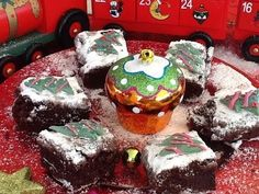 Tiffy baking the best chocolate brownies Christmas Drinks, Christmas Cooking, Christmas Recipes, Christmas Ornaments, Best Chocolate, Chocolate Brownies, Printer, Tube, Holiday Decor