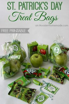 St. Patrick's Day Treat Bags with FREE Printable Tags from HoosierHomemade.com. Love the green apple idea!