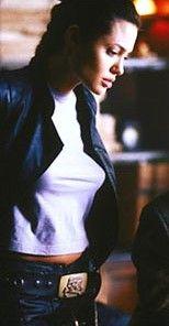 lara croft angelina jolie looks - Pesquisa Google Lara Croft Angelina Jolie, Angelina Jolie Quotes, Laura Croft, Alicia Vikander Lara Croft, Tomb Raider Movie, Jolie Pitt, Badass Women, Celebs, Celebrities