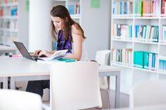 """Las bibliotecas necesitan SIGB de calidad para lograr la máxima eficacia en su gestión. Las bibliotecas necesitan Sistemas Integrados de Gestión Bibliotecaria (SIGB) de alta calidad para poder gestionar sus recursos y procesos de manera eficaz. Los productos tecnológicos obsoletos o que no reúnen esa calidad deseada lo único que van a hacer es impedir que las bibliotecas logren el éxito. Esta puede ser una de las ideas destacadas que Marshall Breeding comparte en su informe """"Library…"""
