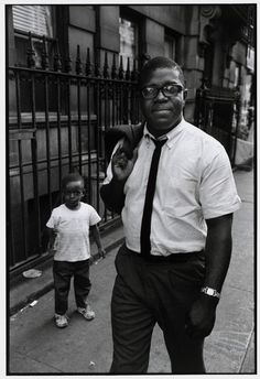 Bruce Davidson USA. New York City. Harlem. 1965. Claude BROWN.