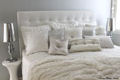 Home White Home: Valkoinen Kylie at home -petaushttp://homewhitehome.blogspot.fi/2014/08/valkoinen-kylie-at-home-petaus.html