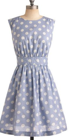 cute summer dress.. maybe I could make one?