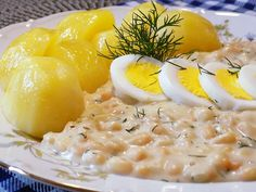 Slovak Recipes, Arancini, Chicken Eggs, Food 52, Risotto, Food And Drink, Pizza, Cooking Recipes, Sweets