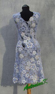 crochet dress from antonina kuznetsova on flickr: http://www.flickr.com/photos/27775408@N07/5364557802/in/photostream/
