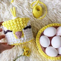 Bom dia!!! Que o dia seja cheio de delicadezas como esse cesto lindo feito por @sultanoff_irk  . . . #inspiration #inspiração #cestatrapillo #cestotrapillo #cestofiodemalha #fiosdemalha #trapillo #yarn #crocheteiras #crochet #crocheting #crochetlove #crochetingaddict #croche #yarnlove #yarn #knitting #knit #penyeip #feitoamao #handmade #croche #croché #crochê #croshet #penyeip #вязаниекрючком #uncinetto #かぎ針編み #instagramcrochet #totora #bomdia #bomdiafloresdodia