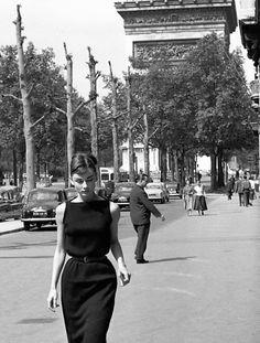 "vintageinherdream: ""Audrey Hepburn 1950's """