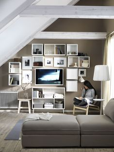 IKEA is the world's leading furniture and home appliance products manufacturer, every year IKEA launched a lot of products for sale worldwide. IKEA has been proved that they always give their bes Ikea Living Room, Living Room Storage, Living Room Grey, Ikea Inspiration, Ikea Portugal, Furniture Decor, Furniture Design, Ikea Bank, Ikea Eket