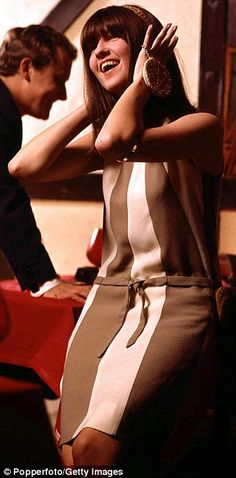 Sixties pop presenter: Cathy McGowan, pictured on the music programme Ready, Steady, Go in 1965, was nicknamed Queen of the Mods Sixties Fashion, Mod Fashion, Vintage Fashion, 60s Vintage Clothing, Vintage Outfits, Cathy Mcgowan, Swinging London, Evolution Of Fashion, Older Women