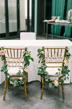 Blush Tones in Rustic Woodland-themed Wedding at Le Meridien Kuala Lumpur - The Wedding Notebook magazine Wedding Notebook, Rustic Theme, Kuala Lumpur, Woodland, Dining Chairs, Wedding Decorations, Colours, Photography, Furniture