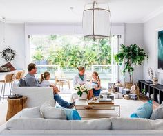 Take a tour through this Sydney beachside home and discover how it became a seasonal sensation and a year-round delight. Home Living Room, Living Area, Living Spaces, Cottage Style Homes, Australian Homes, Cuisines Design, Living Room Inspiration, Interior Inspiration, Beautiful Interiors
