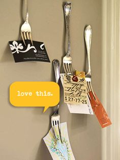 Great idea for holding little notes, recipes, grocery lists, appoinment cards, etc.