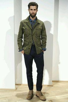 画像 : カーキ色で男らしさ&ワイルド!メンズファッション - NAVER まとめ