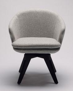 Temperature August Chair