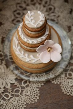 ♔Stacked Wedding Cake Cookies