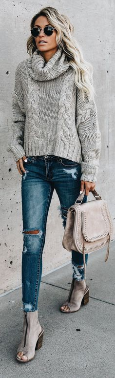 sweater idea, make a bit longer body. Perfect color and cable design.