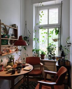 Home Interior Design .Home Interior Design Casa Hipster, Dream Apartment, Small Cozy Apartment, Cozy Apartment Decor, Small Appartment, Berlin Apartment, Apartment Walls, Vintage Apartment, Chicago Apartment